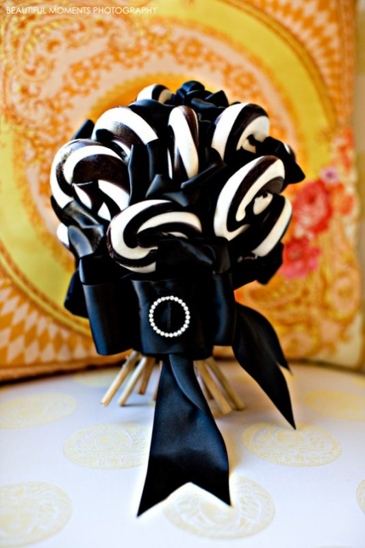 black and white wedding on a budget